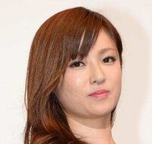 深田恭子のスキャンダル画像、アゴ周りがヤバイ