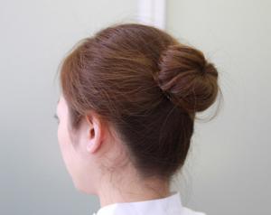 石原さとみの髪型アップ(団子)ヘアの作り方