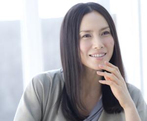 クールビューティーな女優の中谷美紀