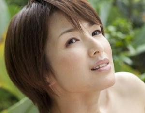 クールビューティーな女優の吉瀬美智子